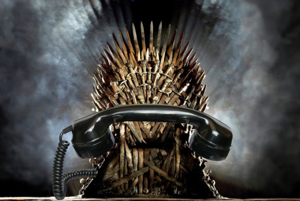 Game of Phones - iPhone X indtager tronen